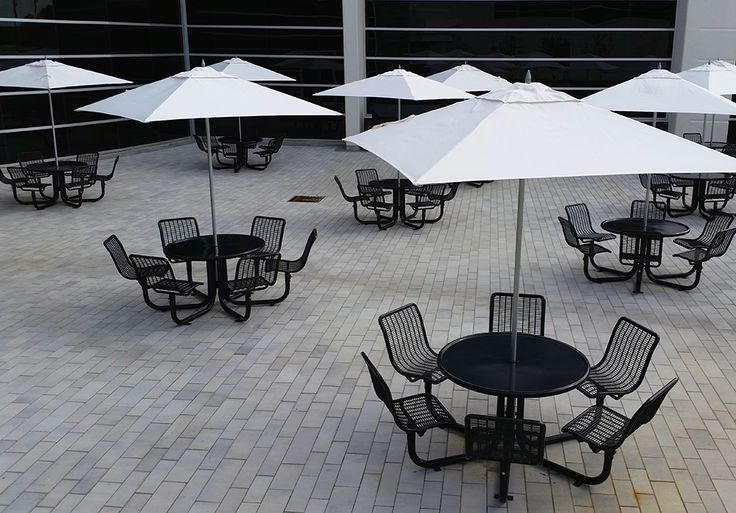Just in time for summer! Our CAU-375R parasol is perfect for any patio that's in need of extra shade!