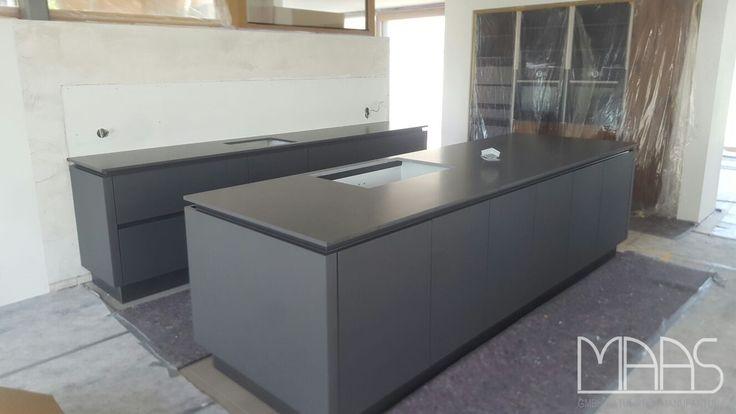 Mit einer perfekt geplanten Küchenarbeitsplatte steht eine Küche - küchenarbeitsplatten granit preise
