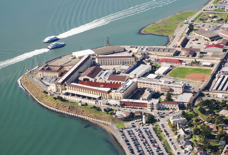 went on tour inside San Quentin Prison! * http://www.cdcr.ca.gov/Facilities_Locator/SQ.html