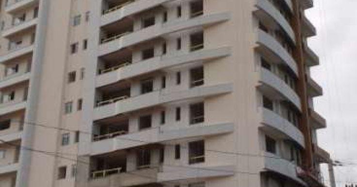 Imobiliária Coelho - Apartamento para Venda em Joinville