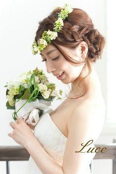 小花花冠スタイル 結婚式ヘアメイク