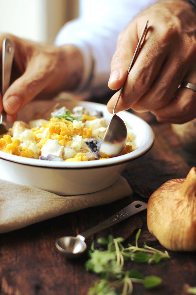 Insalata di cavolfiore e ceci in salsa d'aglio fume