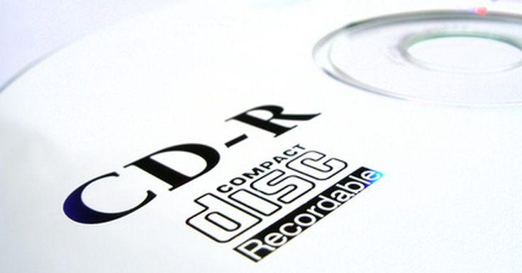 """Como gravar um cd de músicas com os respectivos nomes. Muitos aparelhos de CD, de automóveis a aparelhos de som domésticos, já utilizam o sistema de CD Text para exibir informações sobre a música que está tocando e do artista que a criou. A maioria dos programas de gravação de CD não grava automaticamente com CD Text, em vez disso, gravam com nomes genéricos: """"Faixa 1, Faixa 2 ..."""". Utilize os ..."""