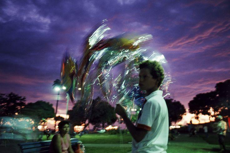 Luiz Braga. Vendedor de Balões, 1990