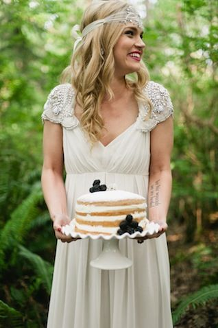 Woodland wedding inspiration | Meredith McKee Photography | see more on: http://burnettsboards.com/2015/11/marsala-woodland-wedding-inspiration/