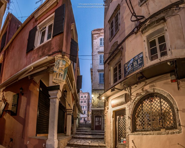 Corfu Old Town #corfu #kerkyra #ionianislands #greece #greeceislands  #travel #traveller  #traveling #tourism #cityshape #cityscapes #stylianosphotography #corfuartphoto #unescohellas #corfuoldtown #fineartphotography #travelawesome #panoramaphoto #cityphotography #citychapes #cityscene