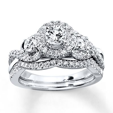 ****** THIS IS ITTTTT Kay Jewelers http://www.kay.com/en/kaystore/engagement---wedding/diamond-bridal-set-1-ct-tw-round-cut-14k-white-gold-940286900--1/100006/100006.100007.100368