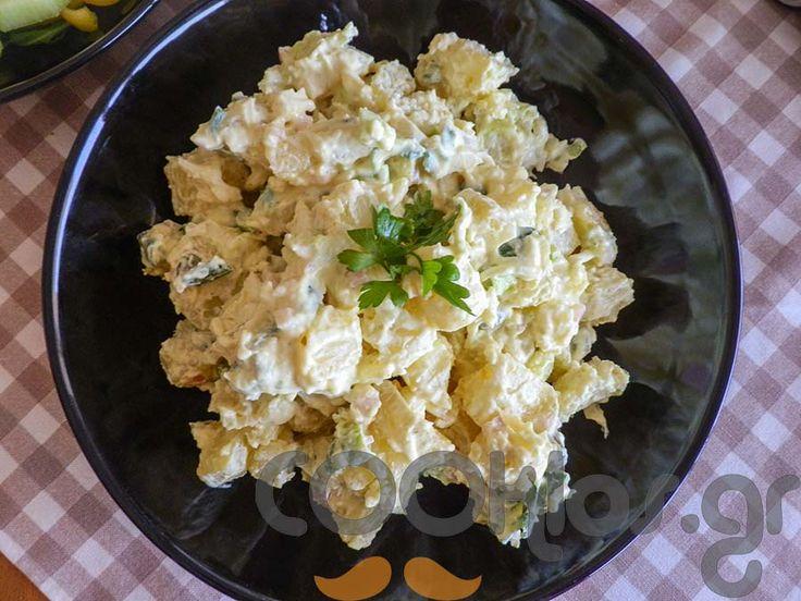 Πατατοσαλάτα με γιαούρτι - Συνταγή εύκολες - Σχετικά με Ορεκτικά, Ορεκτικά, Κρύα ορεκτικά, Λαχανικά, Λαχανικά διάφορες, Σαλάτες, Σαλάτες βραστές - Ποσότητα 4-6 άτομα - Χρόνος ετοιμασίας λιγότερο από 90 λεπτά