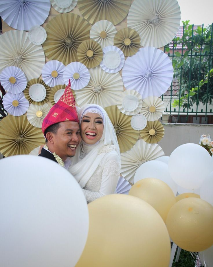 Wedding photoshoot in artpaper photobooth