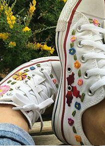 ¡Conoce los Converse pintados por artistas mexicanos que querrás tener ya!