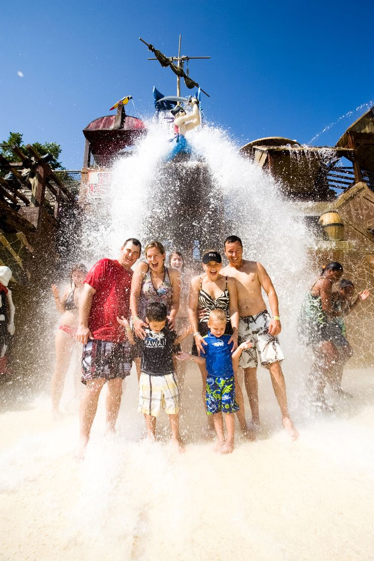 Schlitter-Hacks! Vol. 1 Dress Code or What to Wear Everywhere at Schlitterbahn