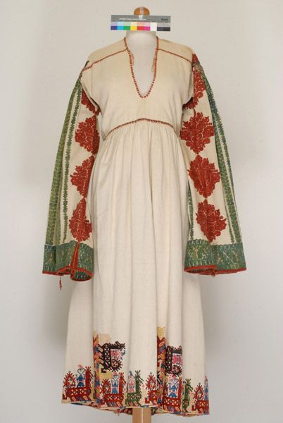 long embroided bridal shirt made of cotton-Astypalaia,Greece,19th c