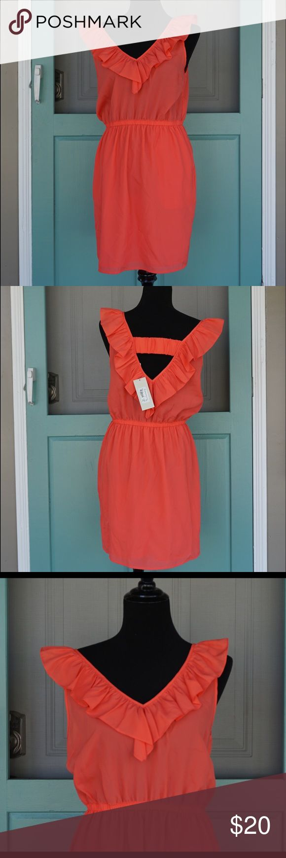 Francesca's Collection dress new with tags. Francesca's Collection dress new with tags. More coral than orange ✨open to offers ✨ Francesca's Collections Dresses Mini