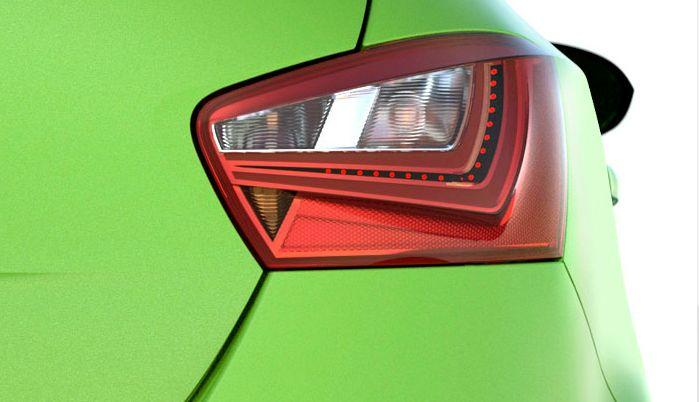 Les feux arrière à LED vous permettent d'être vu mieux que jamais, quelles que soient les conditions - pour une sécurité et une esthétique accrues.