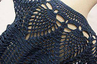 Crochettopperclose_small2