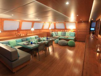CHE | Luxury yacht charters | Catamaran for charter | Sunreef Yachts Charter