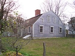 Sergeant William Harlow built the house in 1677 using timbers from the Pilgrims' original fort on Burial Hill built in 1621-1622.  The Harlow Old Fort Houseis an historic First Period house at 119 Sandwich Street in Plymouth, Massachusetts.
