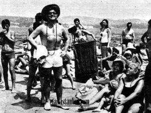TARABYA PLAJI-1965 zeki müren plajda