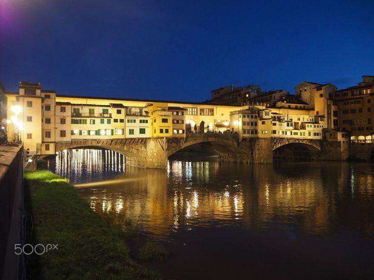 Ponte Vecchio Florence - Ponte Vecchio in Florence at night