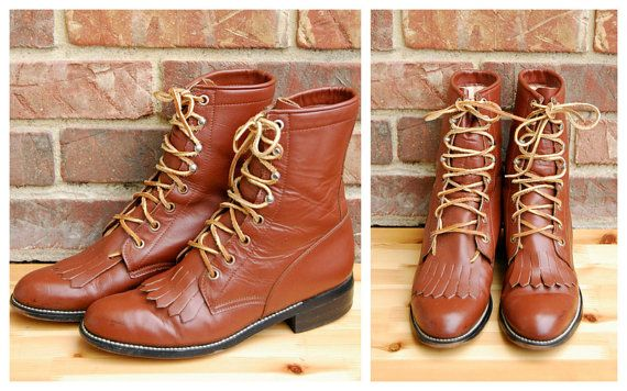 Vtg. Brown Leather Kilted Roper Boots, Size // Classic Brown Leather Ankle Boots with Speed Hooks by Justin // Excellent Vintage Condition