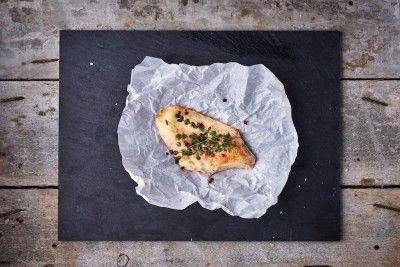 Szaftos csirkemell (kukoricán nevelt csirkéből) (kg) Rendelés: http://gourmetbox.hu/shop/sous-vide-husok/szaftos-csirkemell-kukorican-nevelt-csirkebol/