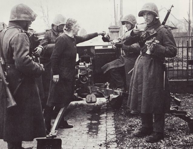 Old lady offering some tea to Swiss soldiers during an exercise in a civilian area. Pin by Paolo Marzioli