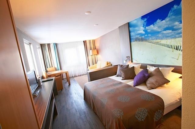Ouderwets genieten in vernieuwd Badhotel Domburg - Zeeland camping, vakantiehuis, hotel, B, bed breakfast aan zee, Tholen, Walcheren, - Zeeuws Reisje