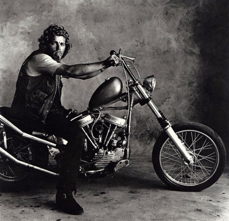 Irving Penn + HELLS ANGELS, San Francisco 1.967.