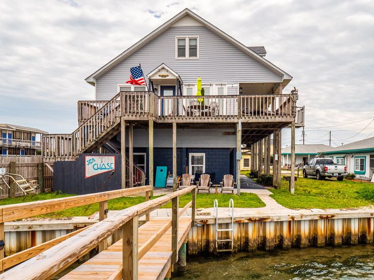 708b Channel Blvd Topsail Beachenjoy This Fantastic Location Directly On The Sound Banks Channel Right In The Quaint To Topsail Pier Fishing Topsail Beach