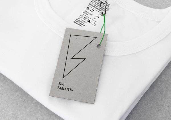 Imprimir etiquetas de ropa online se ha convertido en un proceso fundamental para que las marcas ofrezcan una mayor profesionalidad en sus productos. Más allá de un simple detalle, estas etiquetes proyectan la imagen de esa marca y la distinción del producto...