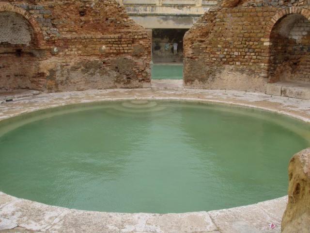 Bain romain de Khenchela - Turkish bath - Wikipedia, the free encyclopedia