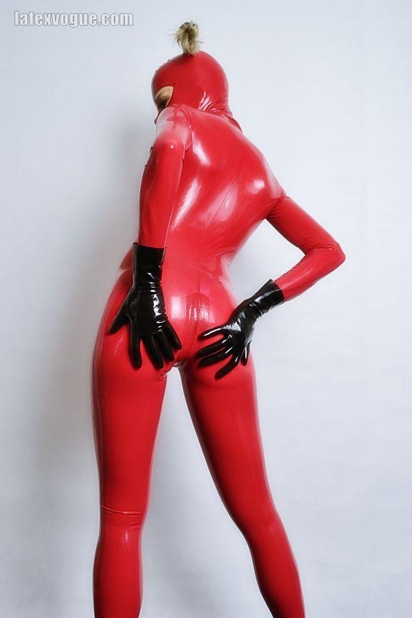 Tight red latex neckentry catsuit More at: http://www.latexvogue.com/  _ _ _ _ _ _ _ _ _  #Alt, #Alternative, #Fetish, #Fetishfashion,