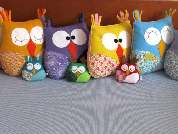 Medium pillow owls made with felt and fabric by Lilolimon on Etsy / Owls, felt owl, owl pillow, small owl / Buho de fieltro y tela