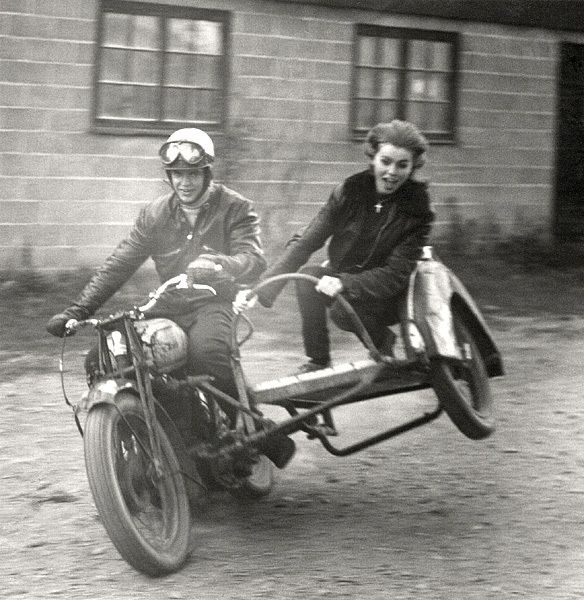 motorcycle sidecar- how fun!