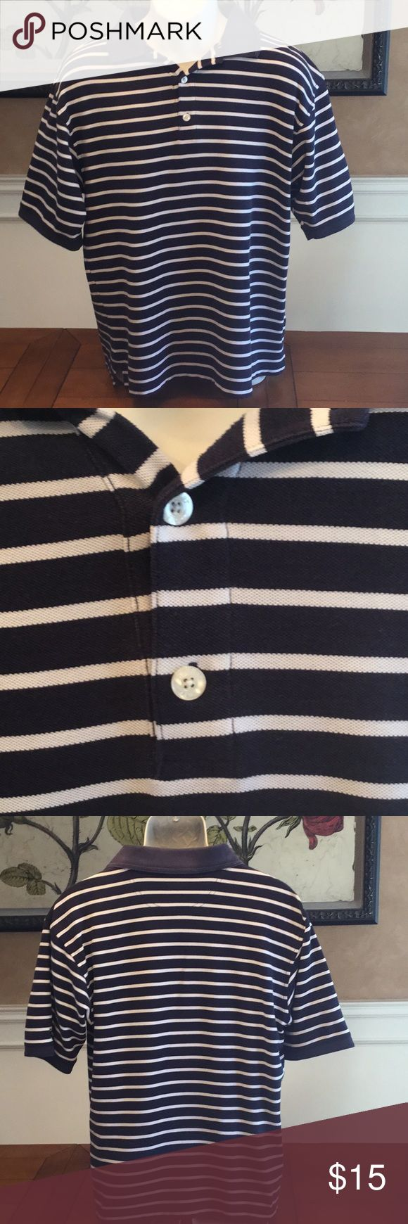 """MENS HAGGAR BLUE & WHITE STRIPED GOLF POLO SHIRT Excellent Used Condition 65% cotton 35% polyester  Perfect shirt for playing golf, dress down at work or dinner out!  Banded Collar  3 buttons on chest 2"""" side slit 22"""" armpit to armpit lying flat  26"""" shoulder to hem Haggar Shirts Polos"""