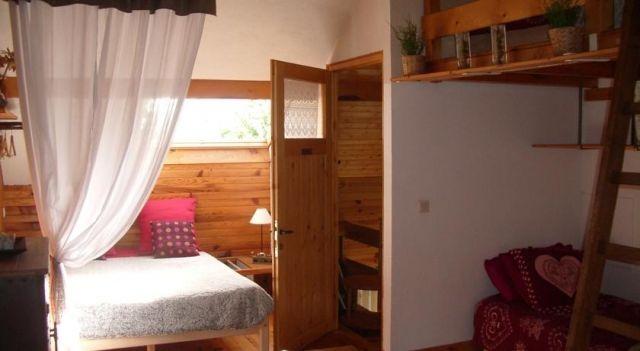 Chambre d Hôtes Kiki & Coco - #BedandBreakfasts - $85 - #Hotels #France #Saint-Jean-de-Maurienne http://www.justigo.com.au/hotels/france/saint-jean-de-maurienne/chambre-d-ha-tes-kiki-amp-coco_54722.html