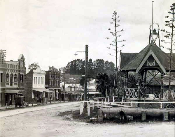 LILYDALE, Victoria, Australia - Photo from State Library of Main Street.