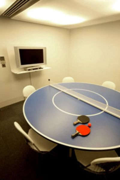 Ping-pong and collaboration? The perfect combination.