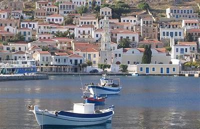 Chalki en utrolig flot lille ø tæt ved Rhodos