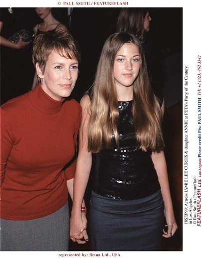 18SEP99: Actress JAMIE LEE CURTIS & daughter ANNIE at PETA's Party of the Century, in Los A...