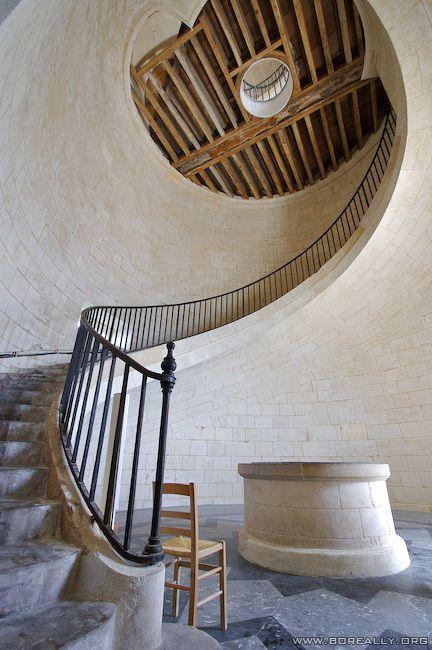 Escalier en colimacon au phare de Cordouan