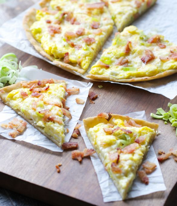 Breakfast Pizza with Leeks and Bacon, this delicious pizza is an easy dinner for a busy weeknight and totally gluten free!