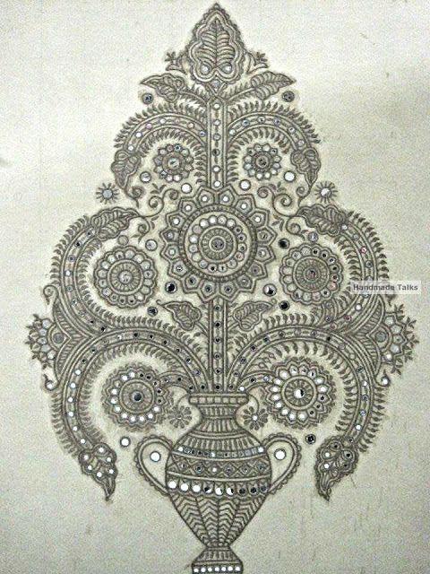 Handmade Talks: Mudwall painting - Lippan art work