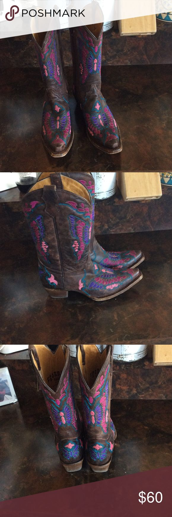 Butterfly Corral boots Gorgeous butterfly embroidered cowboy boots . EUC re-poshing as I just don't wear them. Worn by previous owner maybe 1-2 times and only once by me. Size 5 Teen, but fits women's 7 perfectly.Purple and pink. Corral Shoes Heeled Boots