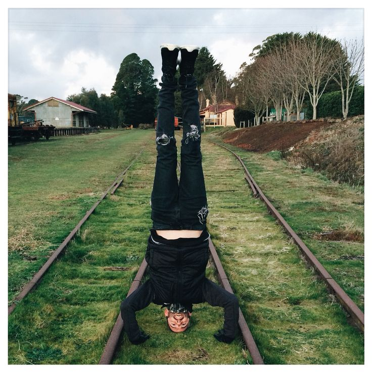 A cold winters day and a disused railway line in Trentham? Clearly the perfect excuse for a tripod headstand with torn jean street wear and exposed full belly.   So good to get out of the urban build up and breathe in the crisp country air of Daylesford and the surrounding countryside. Thanks for the happy snappy @matuscki . Where's your next mini escape taking you? #weekendadventures #yogalife