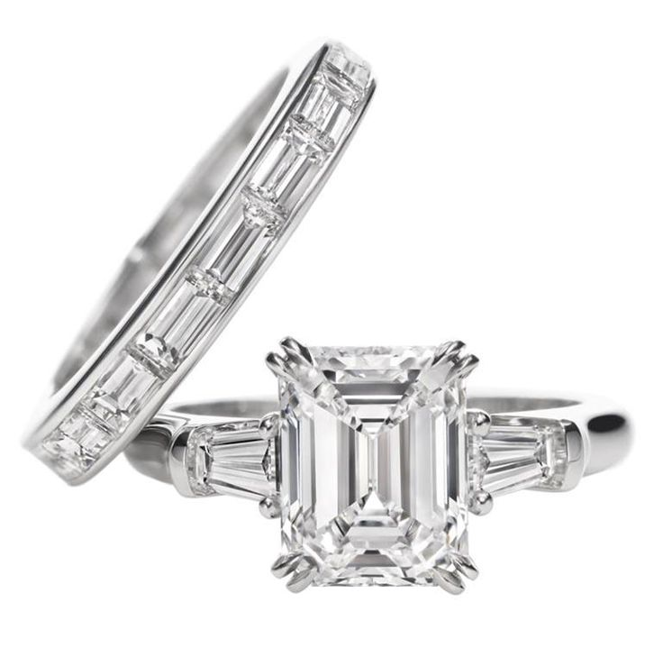 Harry Winston Classic Winston Emerald cut Ring Emerald cut diamond engageme