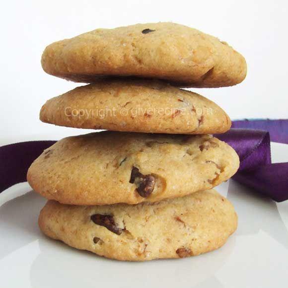 Fig and Walnut Cookies | #fig #cookies #dessert #walnut | giverecipe.com