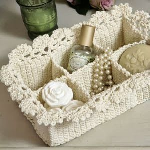 STUNNING DECORATER PIECES FOR YOURSELF OR WELCOME GIFTS 11 FREE Crochet Basket Patterns