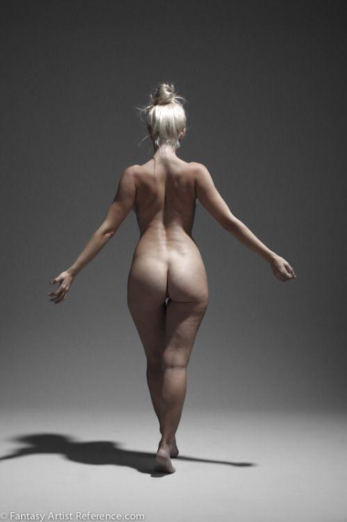 nude model figure drawing