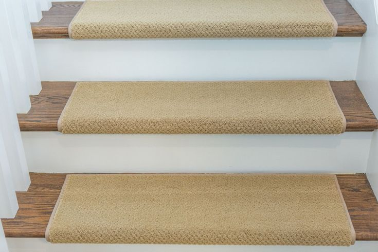 Best Adhesive For Stair Treads In 2020 Stair Railing 400 x 300